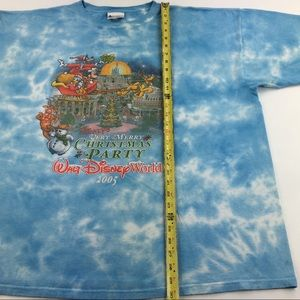 Disney Shirts - 2005 Disney Mickey's Very Merry Christmas Party